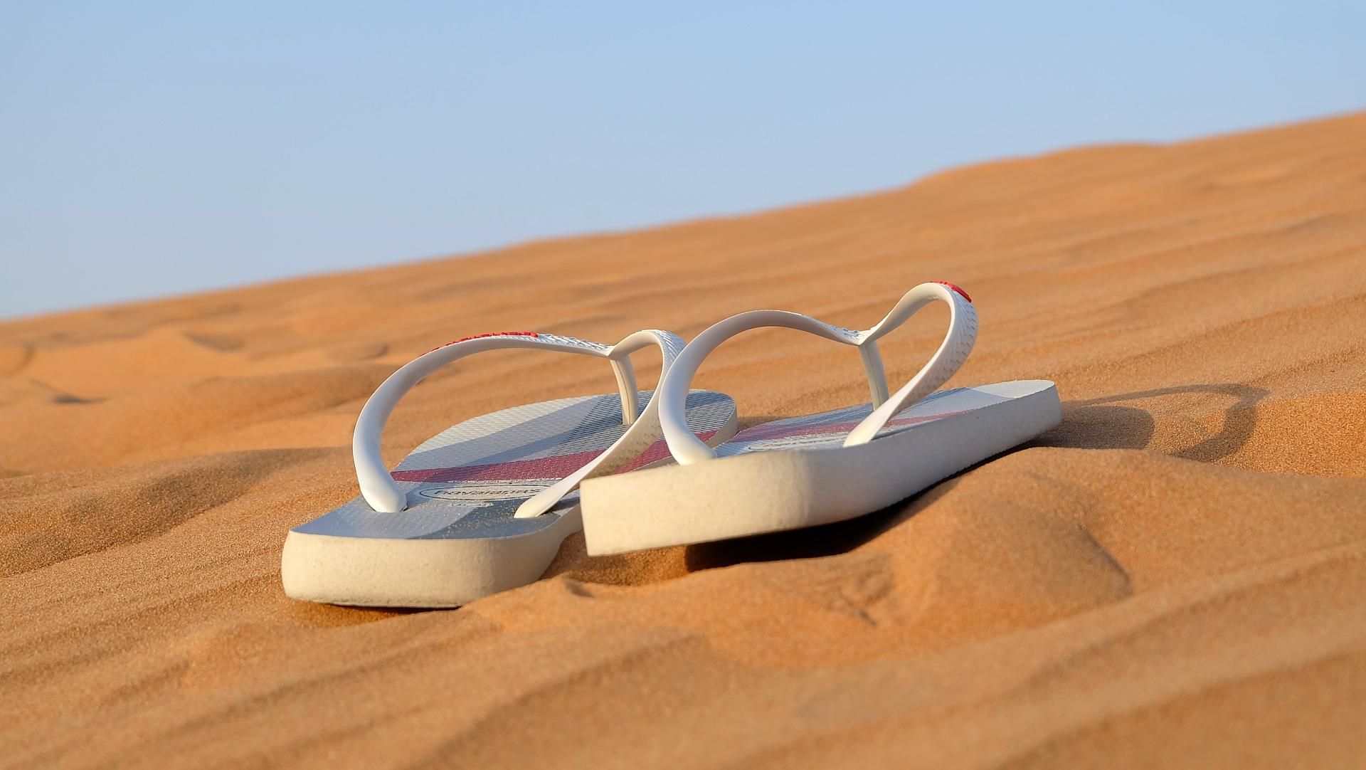 Sandals 342672 1920
